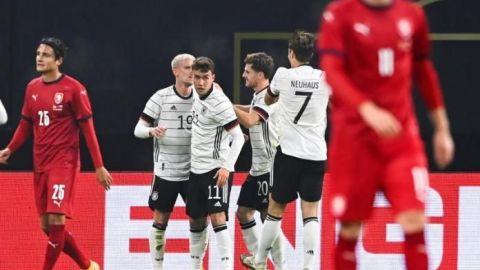 Luka Waldschmidt le da el triunfo a Alemania sobre la República Checa
