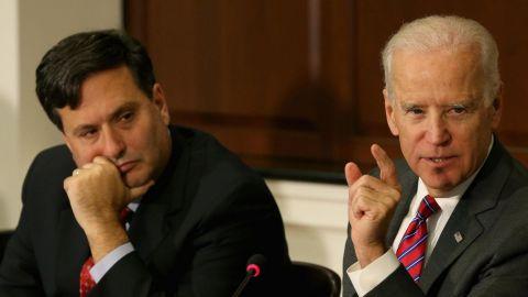 Joe Biden elige a Ron Klain como jefe de su futuro gabinete