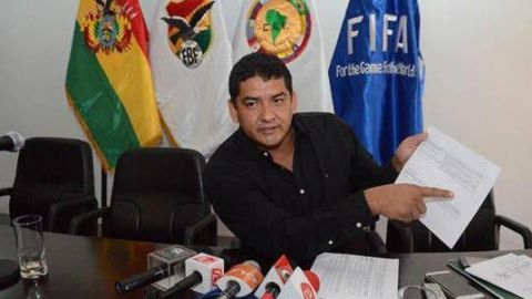 Arrestan a presidente de la Federación Boliviana de Futbol