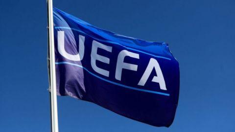 UEFA impone multas por violar normas contra COVID-19