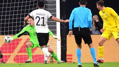 Alemania sufre ante una mermada Ucrania y gana con un doblete de Werner
