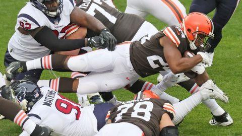 Nick Chubb encamina el triunfo de Browns