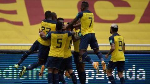 Ecuador humilla a Colombia y deja tambaleando a Carlos Queiroz