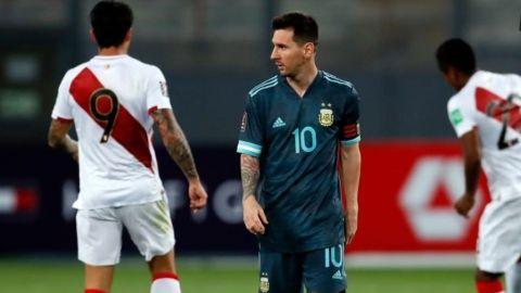 Triunfo de Argentina sobre Perú en las eliminatorias de Conmebol