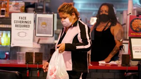 Estados Unidos supera las 250 mil muertes por el coronavirus