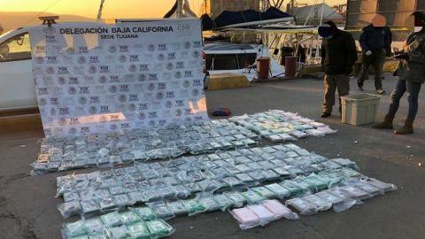 Aseguran más de 200 kilos de cocaína en dos embarcaciones