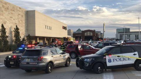 Reportan tiroteo en centro comercial de Wisconsin, EU