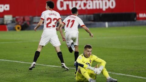 La ambición del Sevilla tumba al Celta en la recta final