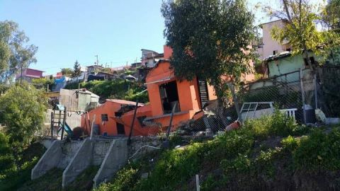 Familias luchan por recuperar su hogar