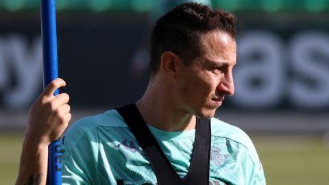 Andrés Guardado listo para reaparecer con Real Betis