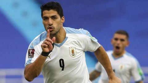 Uruguay busca respuestas, tras brote de COVID en selección