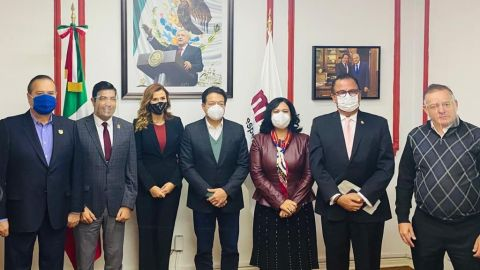 Aspirantes a gobernador de Baja California reunidos con líder de Morena