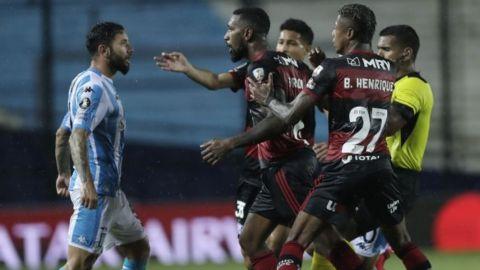 Flamengo, River Plate y Santos salen indemnes de visitantes