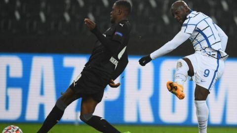 Inter gana, puede avanzar y el Madrid respira
