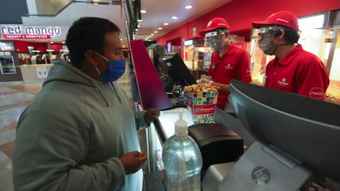 En México dejan de vender 251 millones de boletos de cine por pandemia