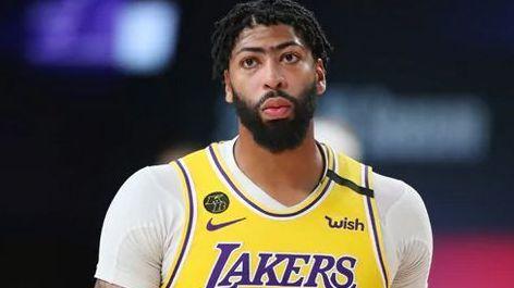 Anthony Davis finaliza contrato de 5 años y 190 millones y se queda con Lakers