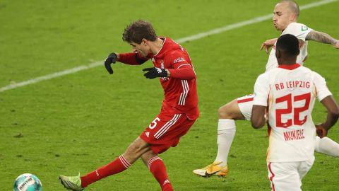 Bayern mantiene la cima de la Bundesliga
