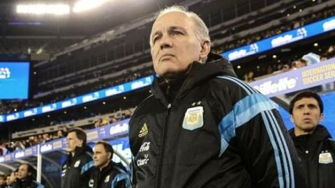 Fallece ex director técnico de Argentina, Alejandro Sabella
