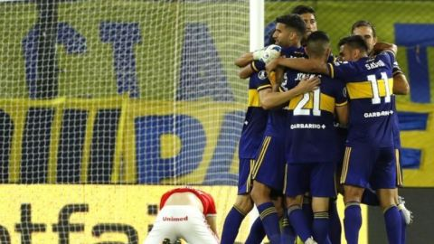 Tras sufridos penales, Boca avanza en Libertadores