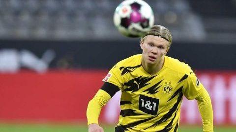 Dortmund autorizó a Haaland viajar a Qatar