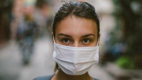 ¿Se debe usar cubrebocas después de vacunarse contra el Covid-19?