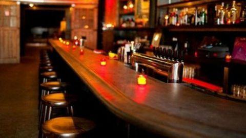 A partir de las diez de la noche cerrarán bares y restaurantes de Ensenada