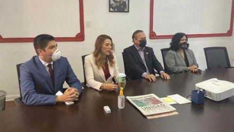 Se reúnen aspirantes a la candidatura de Morena con dirigente nacional
