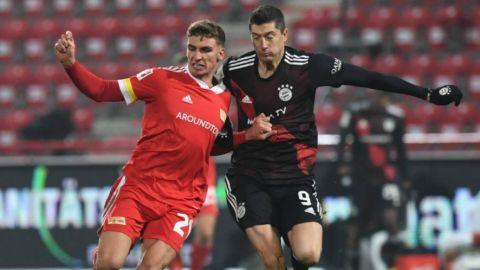Lewandowski salva al Bayern Múnich
