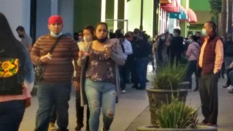 Pese a Covid, llenos los centros comerciales en Tijuana
