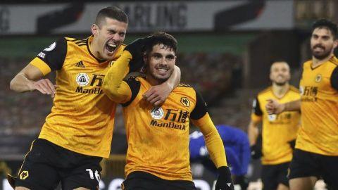 Wolves sacan triunfo de último minuto ante Chelsea