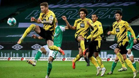 El Dortmund gana al Bremen y da un paso para salir de la crisis