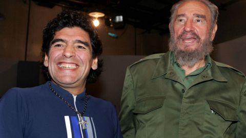 """El """"tesoro"""" de Maradona; camisetas, cajas fuertes y una carta de Fidel Castro"""