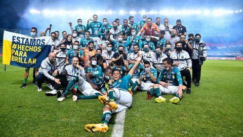 Presidente de la FIFA felicita a club León por campeonato en México