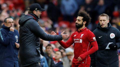 Mohamed Salah está contento en Liverpool, dice el DT Jurgen Klopp