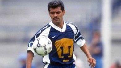 Mundialista Luis Flores, internado por síntomas de Covid-19