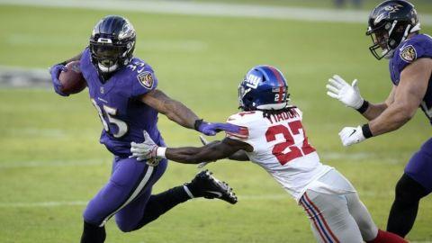 Ravens se acercan a playoffs con victoria sobre Giants