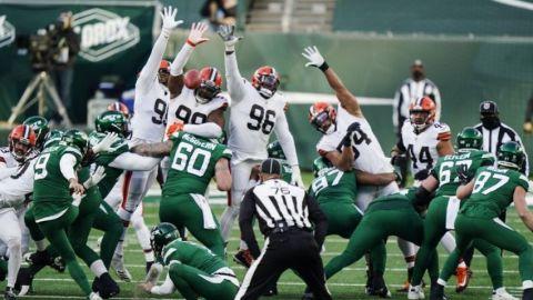 Browns esperan a ausentes por COVID para duelo con Steelers