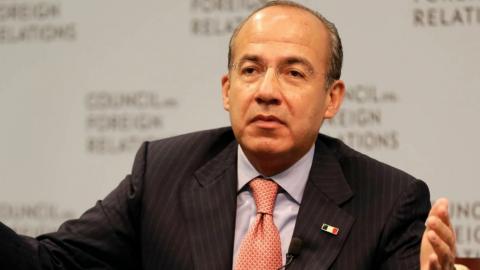 Felipe Calderón le 'tira' a gobierno de AMLO por apagones en México