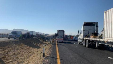 Accidente en la Querétaro-San Luis deja al menos dos fallecidos