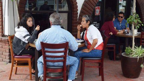 Restauranteros prevén un año complicado
