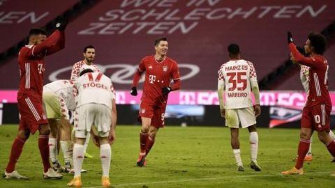 El Bayern remonta y golea ante el Maguncia y defiende el liderato