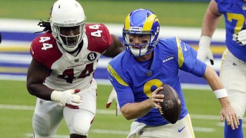 Rams derrotan a Cardinals y se cuelan en los playoffs