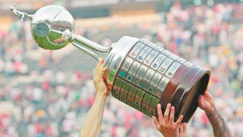 Finales de Copa Libertadores y Sudamericana serán sin público