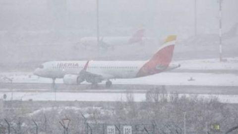 El Real Madrid atrapado en un avión por las fuertes nevadas