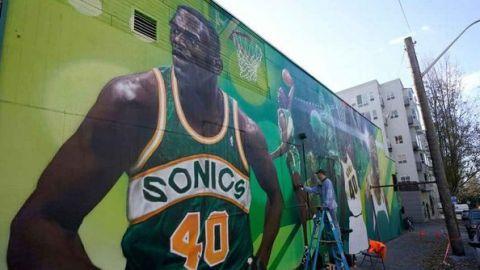 Alcaldesa de Seattle, optimista por el regreso de la NBA