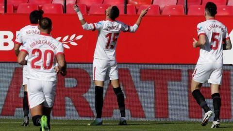 Triplete de En-Nesyri impulsa al Sevilla en su objetivo 'Champions'