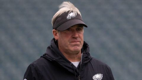 Eagles despiden a Doug Pederson tras mala temporada