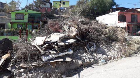 Vecinos de Sánchez Taboada en Tijuana viven entre basureros y picaderos