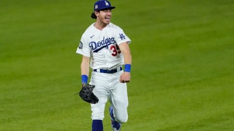 Dodgers y Cody Bellinger evitan arbitraje