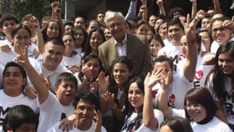 Morena abre espacios a jóvenes para registrarse como aspirantes a diputados